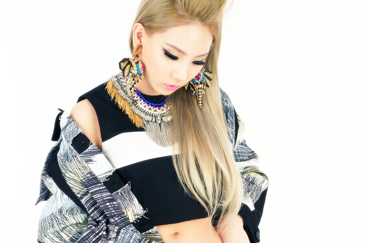 """2NE1's CL Coming Back To The US For The """"Mad Decent Block Party"""" Tour! – Classy Lenses"""