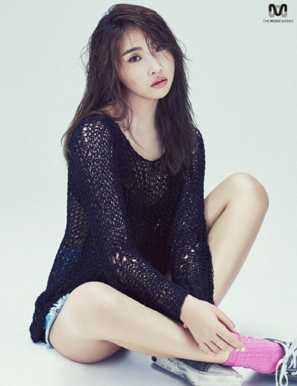 #Minzy: Father & Friend Of Former 2NE1 Members Comment About Her Leave   Hype Malaysia
