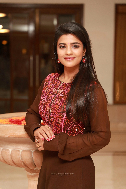 Actress Aishwarya Rajesh HD Pictures taken at Kanaa Movie Success Meet