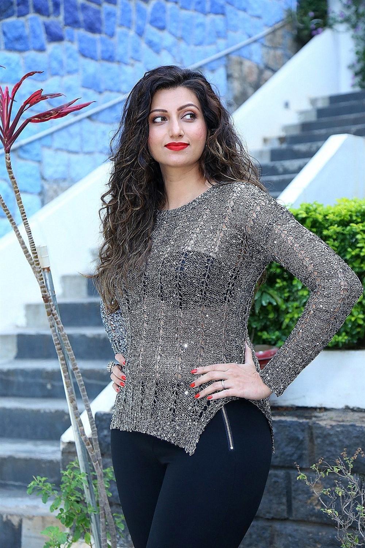 Actress Hamsa Nandini New Hot Pics in Transparent Dress