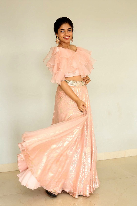 Actress Siddhi Idnani New Images taken at Anukunnadi Okati Ayinadi Okati Movie Press Meet