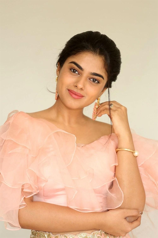 Actress Siddhi Idnani New Images taken at Anukunnadi Okati Ayinadi Okati Press Meet